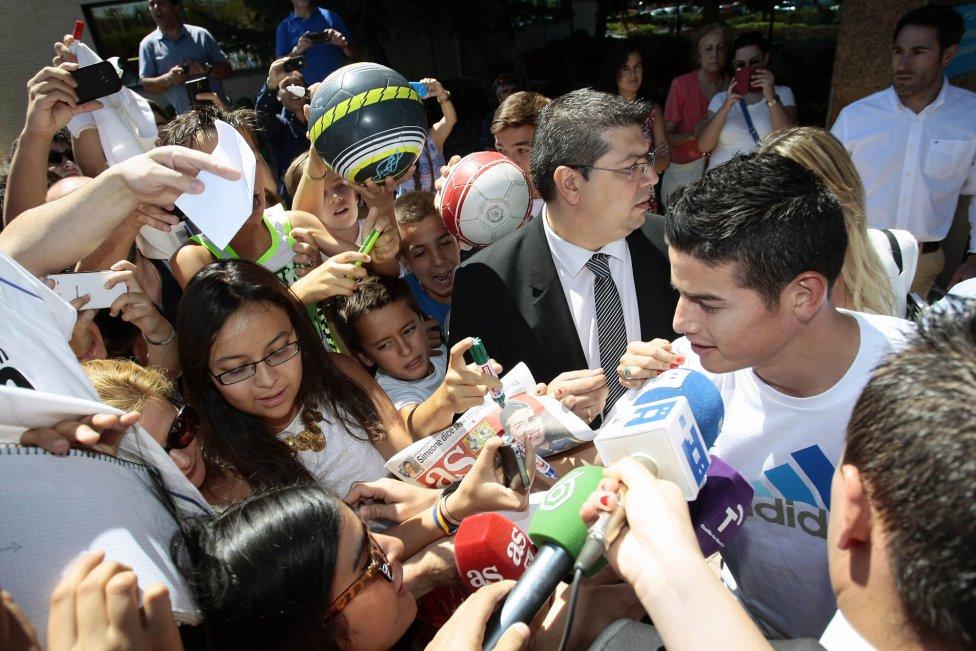 Хамес Родригес минава прегледи в Реал Мадрид