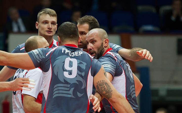 Иван Зайцев дебютира за Динамо, Белогорие с трудна победа с 3:2 в Москва