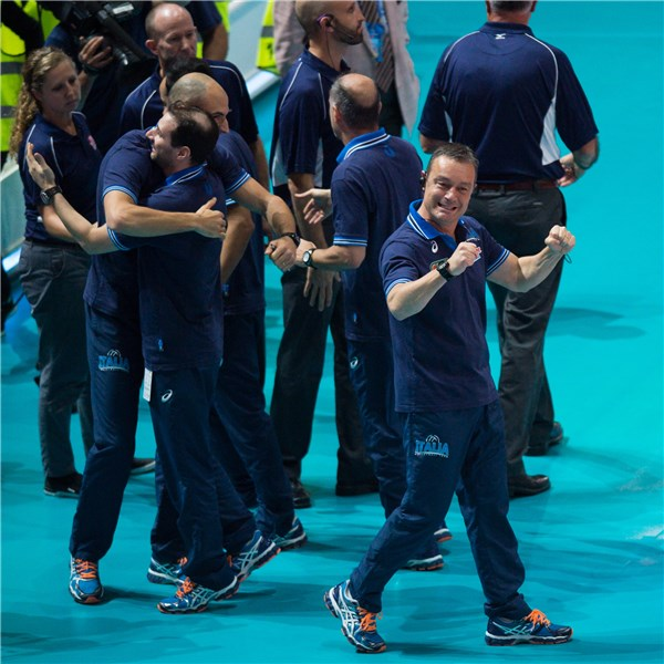 Италия на два гейма от полуфиналите на Мондиала след 3:0 над САЩ