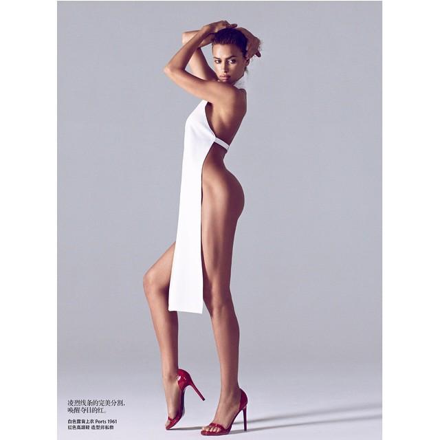 """Ирина съблазнява в """"Harper's Bazaar"""""""