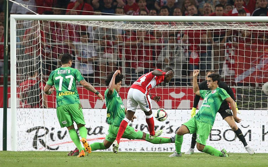 Попето срещу Благо в българското дерби в Русия