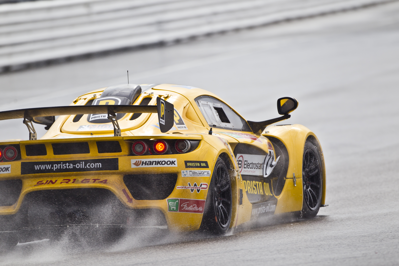 SIN R1 се поклони след първия си сезон в GT4