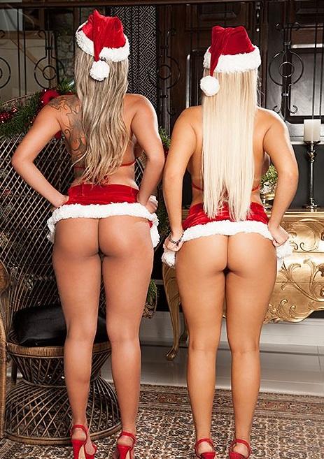 Приятелки на Неймар и Роналдиньо се разголиха за Коледа