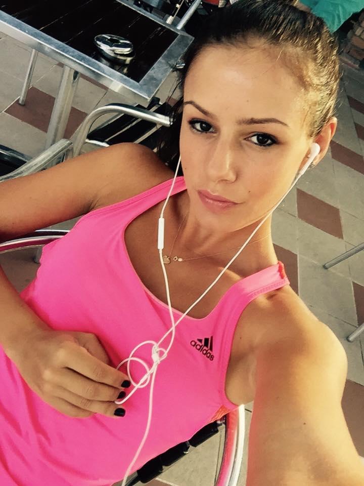 Юлия Стаматова - една от най-красивите тенисистки в света
