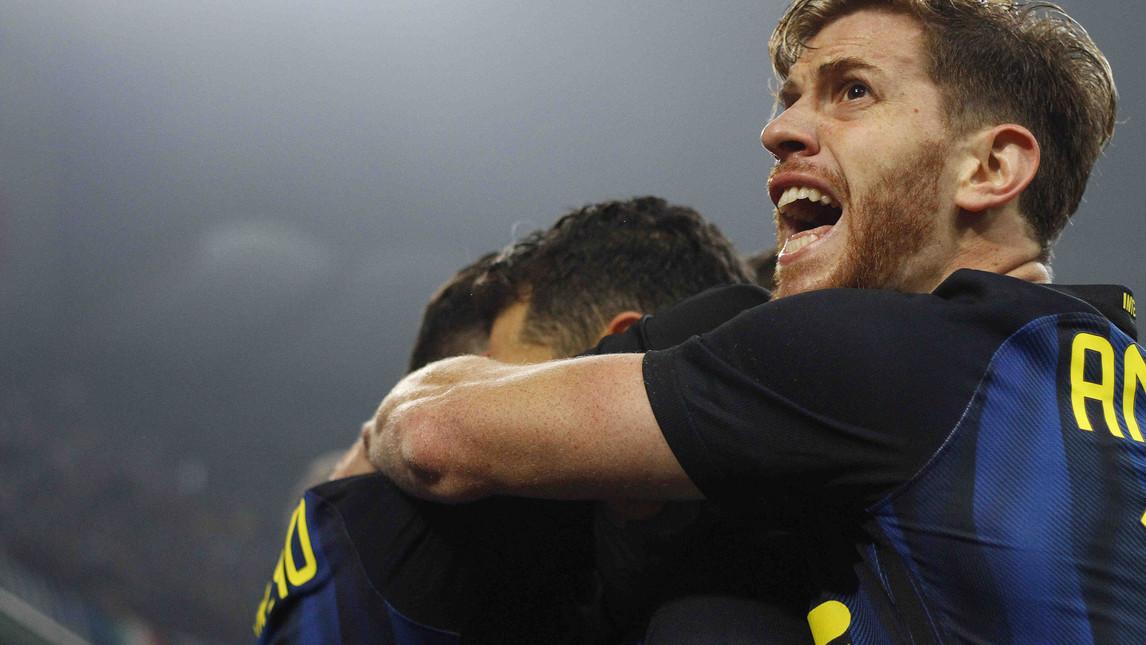 Милан и Интер не се победиха в трилър