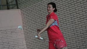Линда Зечири тренира
