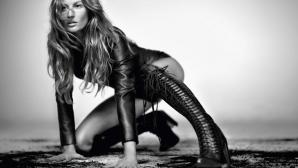 """Жизел позира чисто гола за ЧРД на """"Vogue"""""""