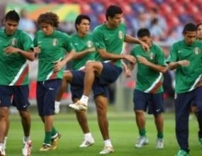 Мексико търси победа над Ангола и място на 1/8-финалите