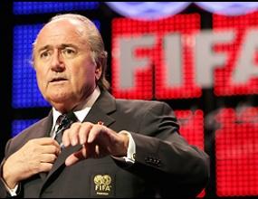 Чиновниците от ФИФА си спретнаха допълнителна пенсия