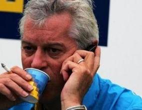 Пат Саймъндс очаквал повече от Ферари