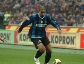 Дунга готов да върне Адриано в състава на селесао