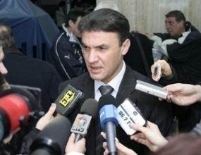 Боби Михайлов подкрепя Платини за президент на УЕФА