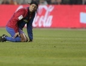 Барса не иска да подновява договора на Роналдиньо