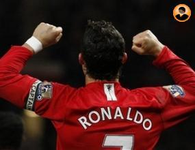 Тевес:Роналдо е по-добър от Торес