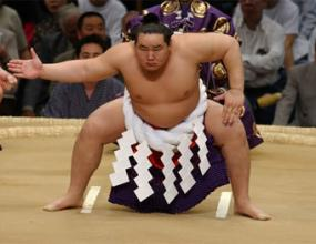 Асашорю с първа титла от четири турнира