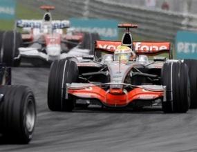 Уитмарш: Притеснително е, когато Ферари са толкова силни