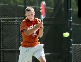 Университета на Тексас достигна четвъртфиналите в NCAA