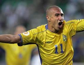 Хенрик Ларсон хвали български нападател