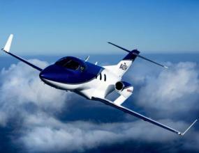 Бътън купува самолети, започва нов бизнес