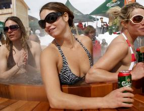 Карлсберг доставя 2,7 милиона литра бира за Евро 2008