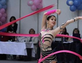 Пейчева в битка с 20 гимнастички на европейското