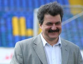 Батков: Ха-ха, с кой ще ни бие ЦСКА, с Пенев и децата ли?