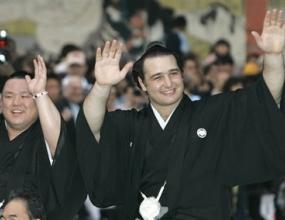 Котоошу записа осма победа в Нагоя