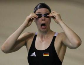 Брита Щефен е новата олимпийска шампионка на 100 м свободен стил за жени