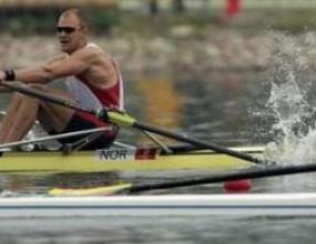 Норвежец спечели титлата на скиф при мъжете