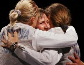 Русия триумфира на рапира отборно при жените
