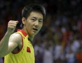 Китаец с бронзов медал в бадминтона