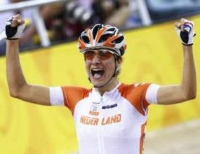 Холандка заслужи олимпийското злато в колоезденето на писта за издръжливост