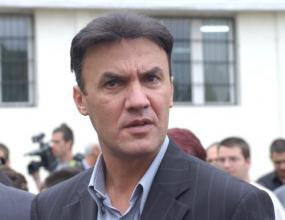 Боби Михайлов става дядо