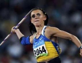Разследват сребърна медалистка за допинг
