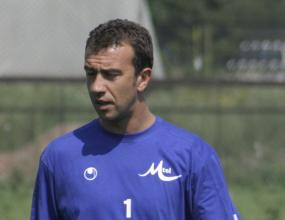Гошо Петков бе опериран в Германия