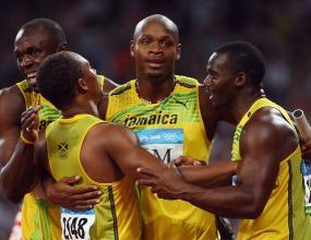 Трета олимпийска титла за Болт с трети световен рекорд
