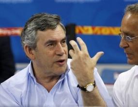 Гордън Браун пристигна в Пекин за закриването на Олимпиадата