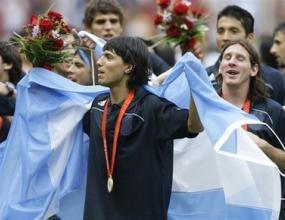 Агуеро: Сега гледам към Шампионската лига