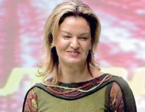 Стефка Костадинова награди призьорите в коледния турнир за сираци