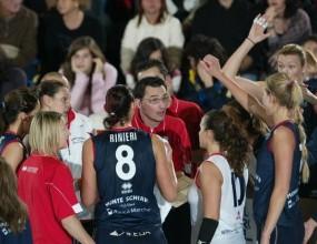 Драган Нешич и Йези с нова лесна победа в евротурнирите