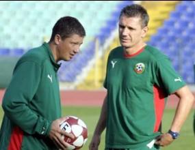 Любо Пенев води испански треньор за националния