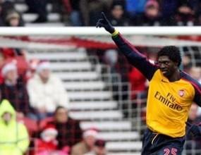Адебайор вярва в победата на Арсенал над Ливърпул