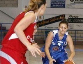 Златанова и Екстругаса с нова победа в Liga Femenina