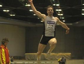 Русенов шампион в скока на дължина, Дачев с първи успешен опит през 2009 година