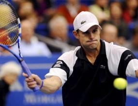 Родик и Хюит на четвъртфиналите в Мемфис