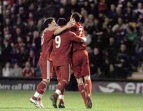 Без победител в супердербито: Ливърпул - Манчестър Юнайтед 2:2