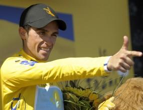 """Алберто Контадор е почти сигурният победител в """"Тур дьо Франс"""""""
