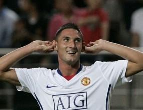 Македа получава нов договор от Юнайтед