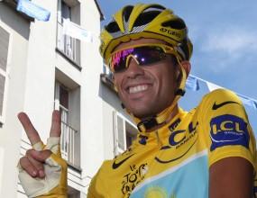 Алберто Контадор триумфира в обиколката на Франция