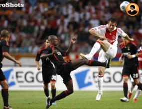 Бенфика спечели тунира в Амстердам за 2009-а, защитата на Аякс слаб 2